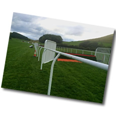 james-ewart-racing-easyfix-hurdle-image-2-small
